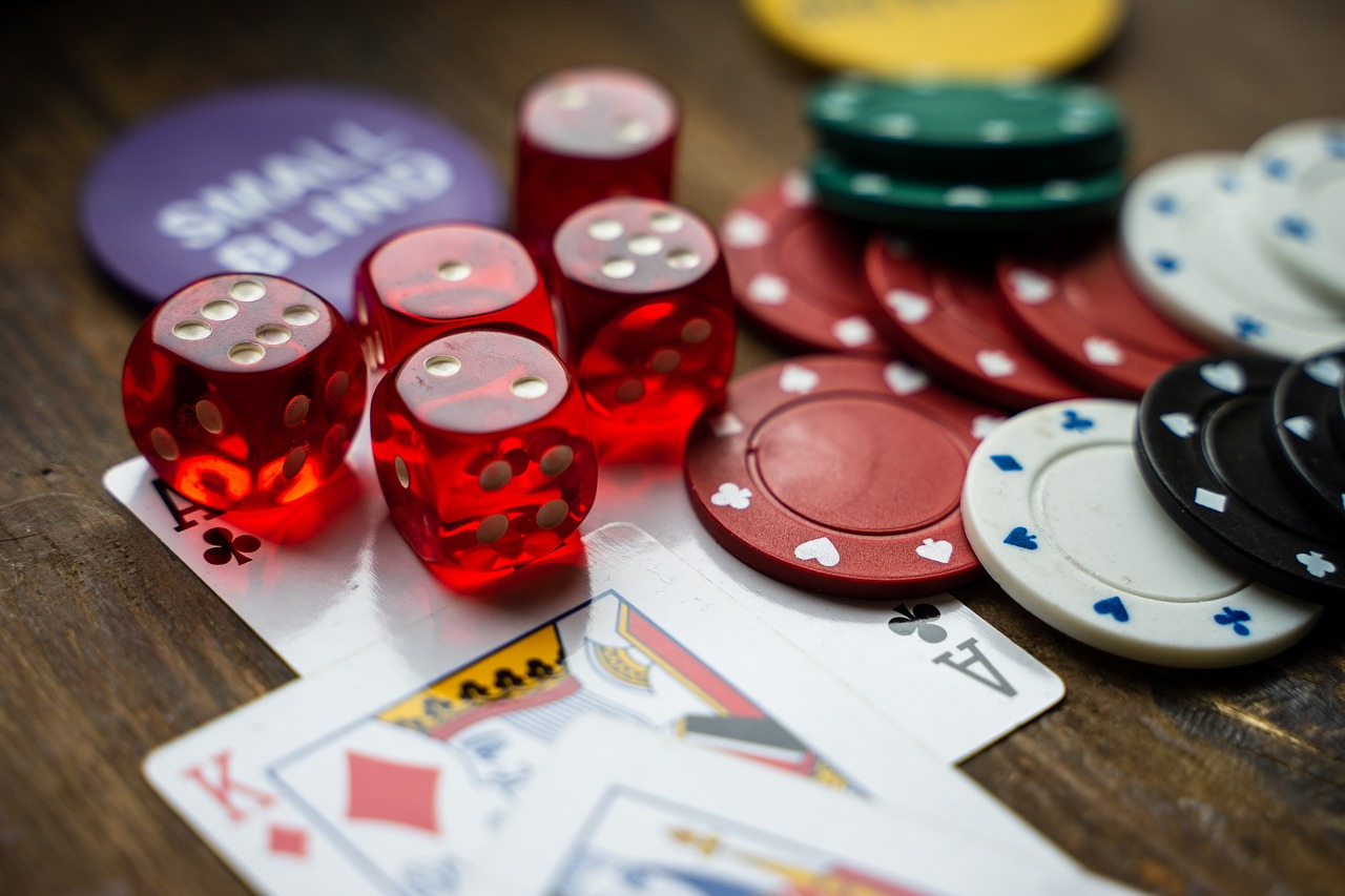 Why Fb Is The Worst Option For Online Casino